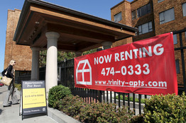 (Getty Images) Signs advertise apartments for rent in San Francisco in July. Rents declined during the third quarter, usually a strong period for rentals.